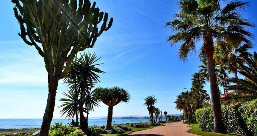 ESTEPONA GIDS | Elegant Homes Marbella | Marbella