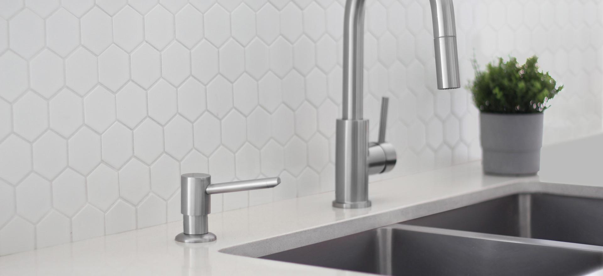 Soap Dispenser (3).jpg