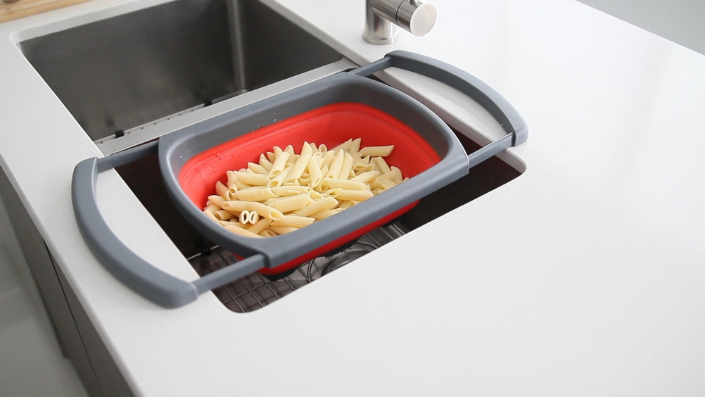 A-905 Collapsible Colander-8.jpg