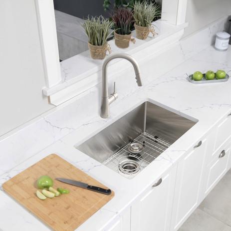 s_311xg_30_inch_undermount_kitchen_sink_00_e_f.jpg