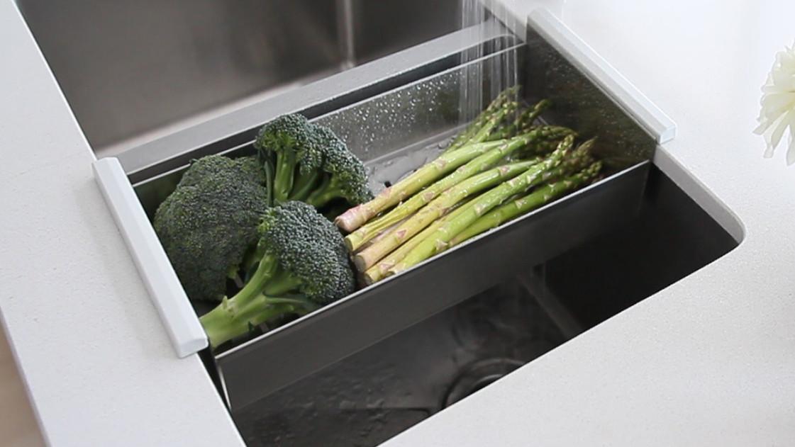 colander-vegetable-drainer.jpg