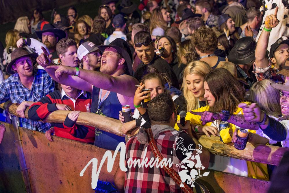 Monkerai BnS Ball 2016--10