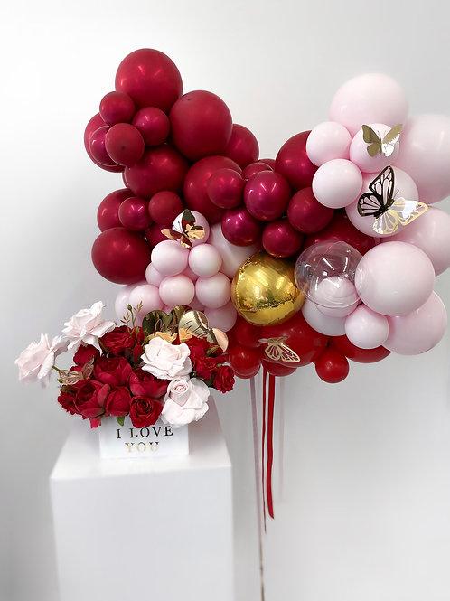 """Ballons + Flowers """"Le Romantique"""""""