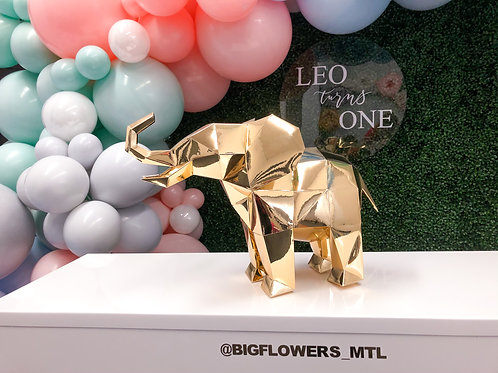 Geo - Baby Elephant (gold centerpiece)