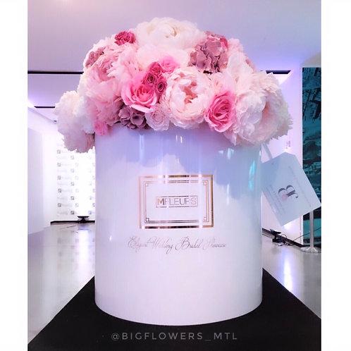 GIANT FLOWER BOX