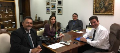Ida dos prefeitos a Brasília em busca de recursos