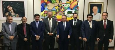 Bancada anuncia mais R$ 5 milhões para recuperação de ramais