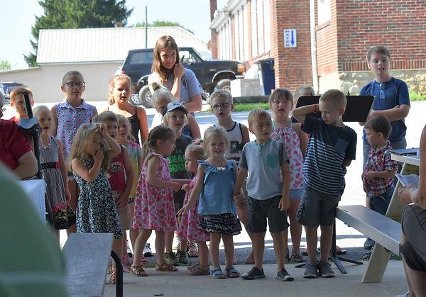 8-Kid choir.jpg
