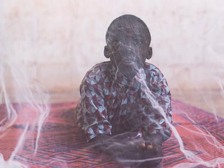 Mit insektizidhaltigen Netzen gegen Malaria in Tansania