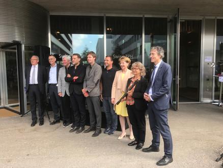 Schlüsselübergabe Neubau Schweizerisches Tropen- und Public Health-Institut