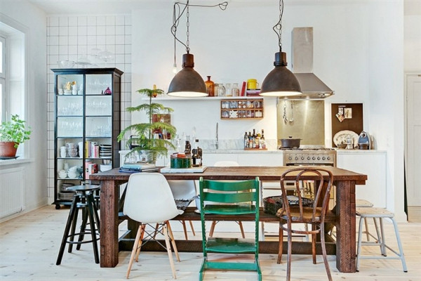 cute-and-quaint-apartment-with-an-eclectic-interior-design-1