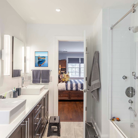 Design A Kids' Bathroom With Style