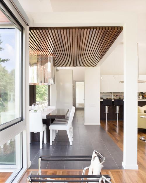 Bent/Sliced House modern dining room