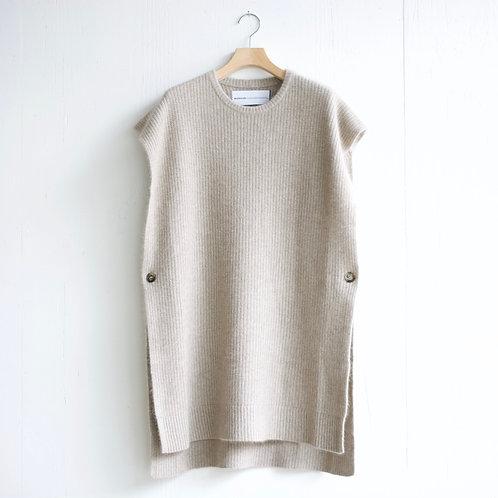 walenode / Raccoon Wool Drape Sweater (soft beige)