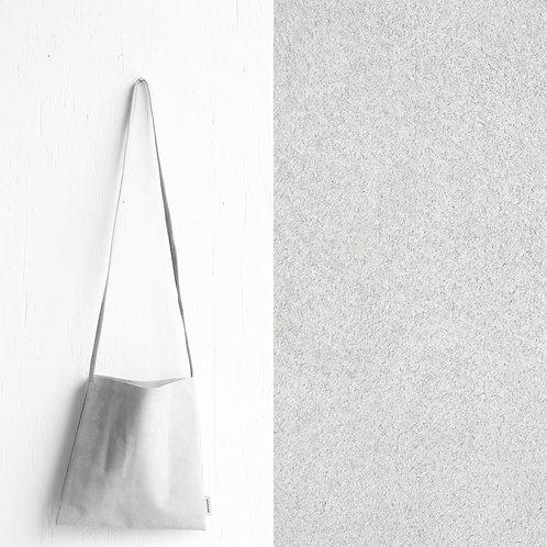 [受注] niuhans × howse / Mini Bag - Square (shoulder/Ice Grey)