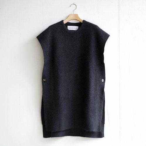 walenode / Raccoon Wool Drape Sweater (charcoal)