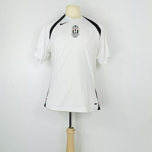 Juventus Total 90 Training Shirt - Size S