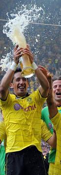 dortmund-champions.jpg