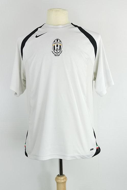 Juventus Total 90 Training Shirt - Size M