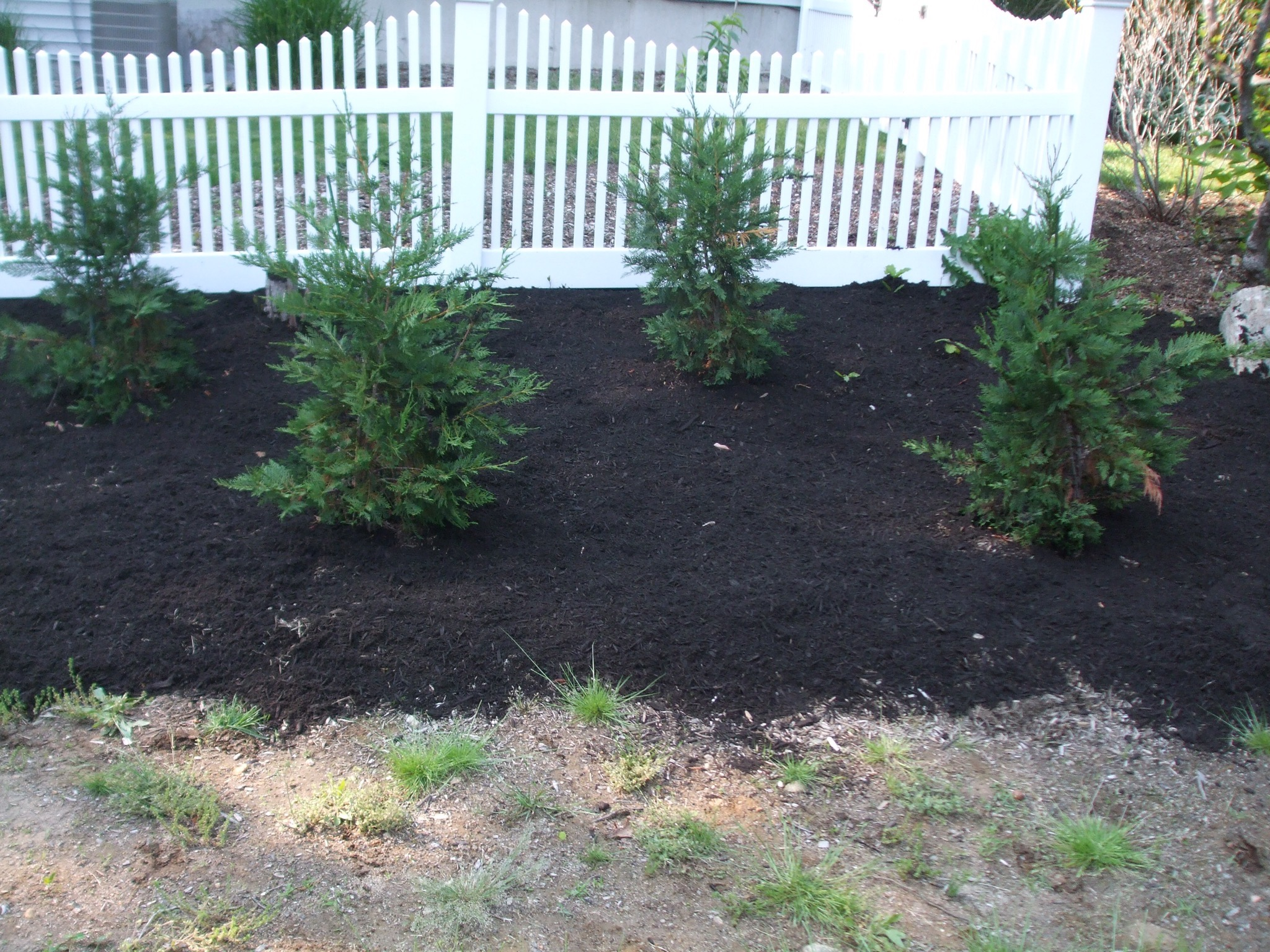 Mulch Job in Niantic, CT