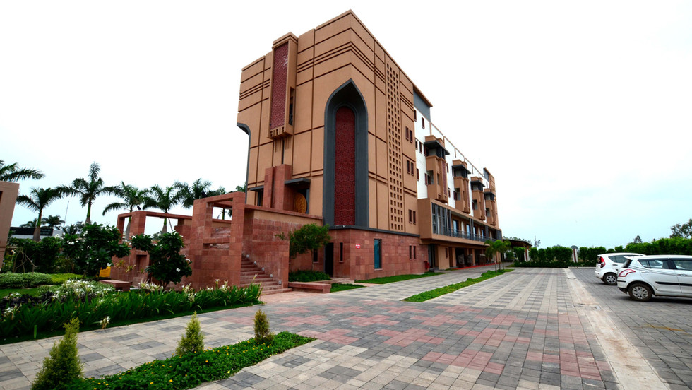 ABHINANDAN PALACE - view from the main e