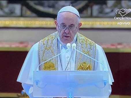 Papa Francisco celebra missa do Domingo de Páscoa
