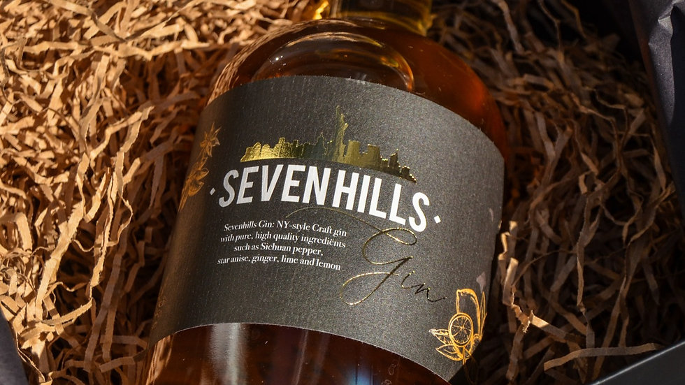 Sevenhills Gin +luxury giftbox + giftwrapping