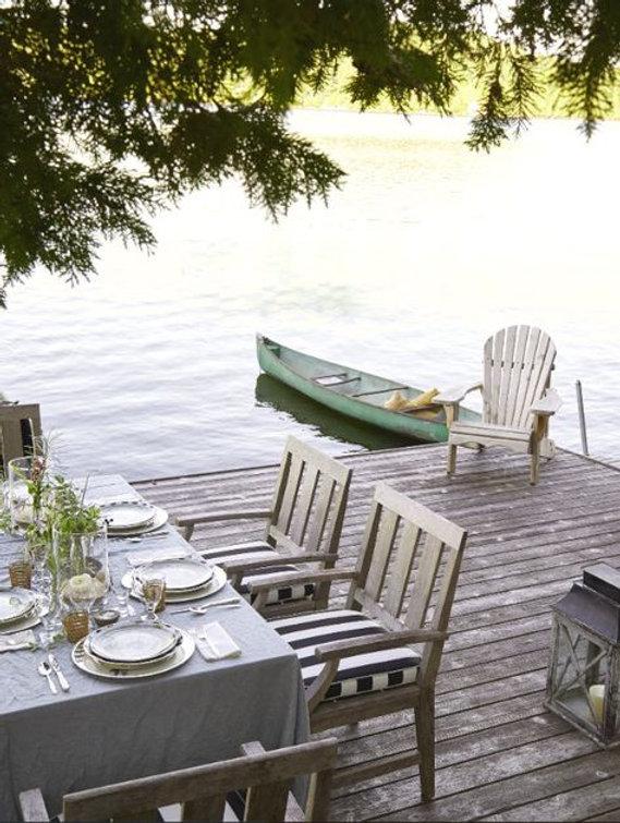 canoe dinner.jpg
