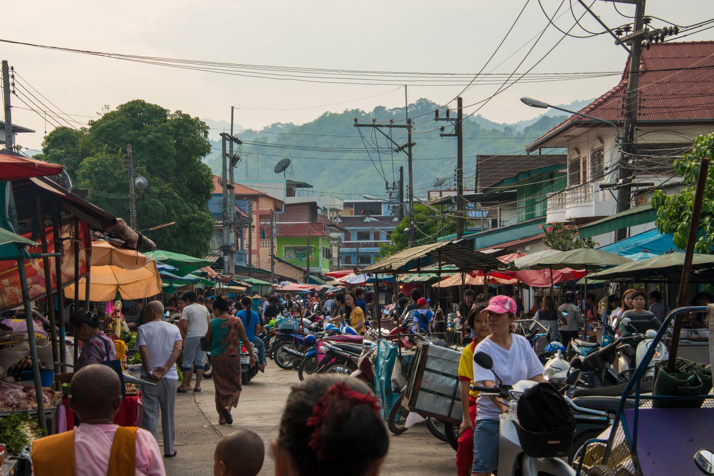 Maesai-Thailand-Market-Bryan-Matuskey