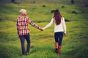 Ein Paar, Hand in Hand