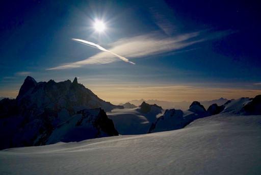 chamonix full moon valee blanche