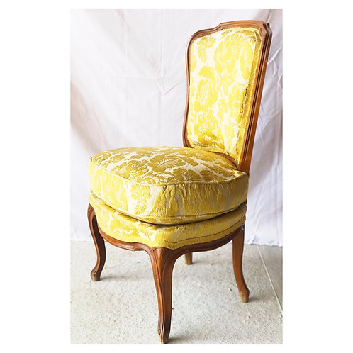 "Chaise ""Chauffeuse"" de style Louis XV"