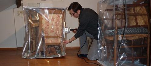 Joël Guérin se chage d'arrêter la détérioration de vos meubles en proposant des solutions adaptées cas par cas.