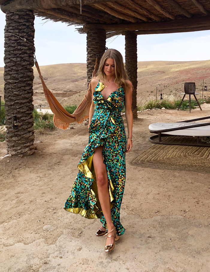 DRESSING FOR THE DESERT (IT'S NOT WHAT YOU'D EXPECT)