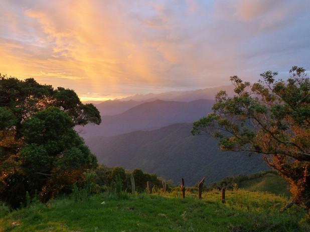 Lever du soleil depuis la Sierra Nevada de Santa Marta