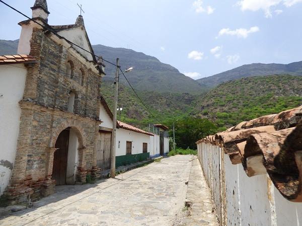 Rue du village de Los Santos | Santander