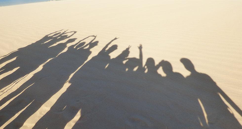Aurélie et son groupe aux dunes de Taroa dans le désert de la Guajira