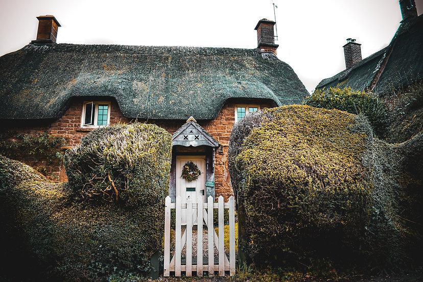 Thatched Suffolk pub