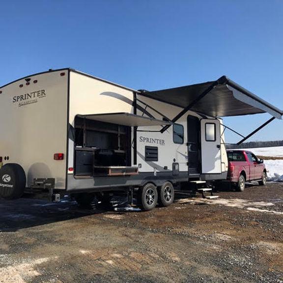 2017 Keystone Sprinter Campfire .jpg