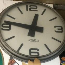 Large Electric Clock