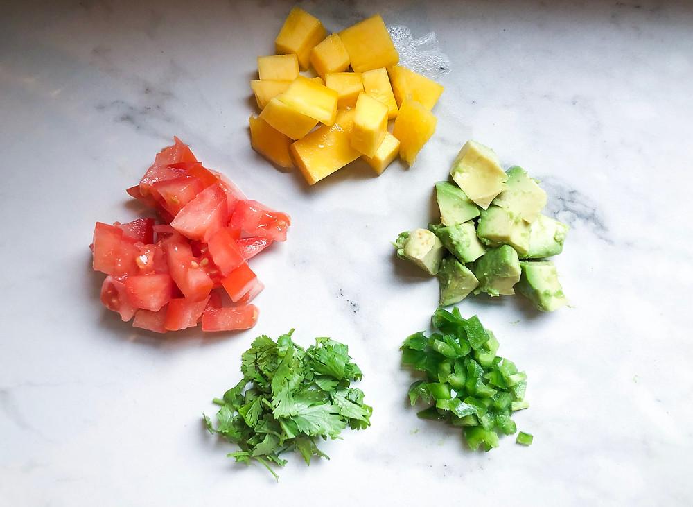 #healthy #healthyeating #summer #summersalsa #mango #mangoes #mangosalsa #taco #tacotuesday