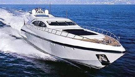MANGUSTA Yacht - Location de bateaux - Saint-Tropez Yacht Charter
