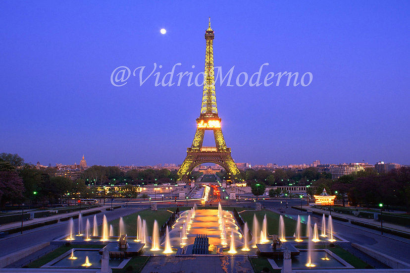 Paris -  Torre Eiffel 3