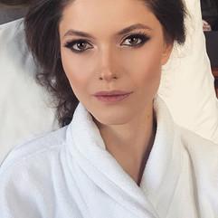 Miss Bride 👰🏻😻💖 #makeup #makeuptutor