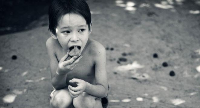 child-hungry.jpg
