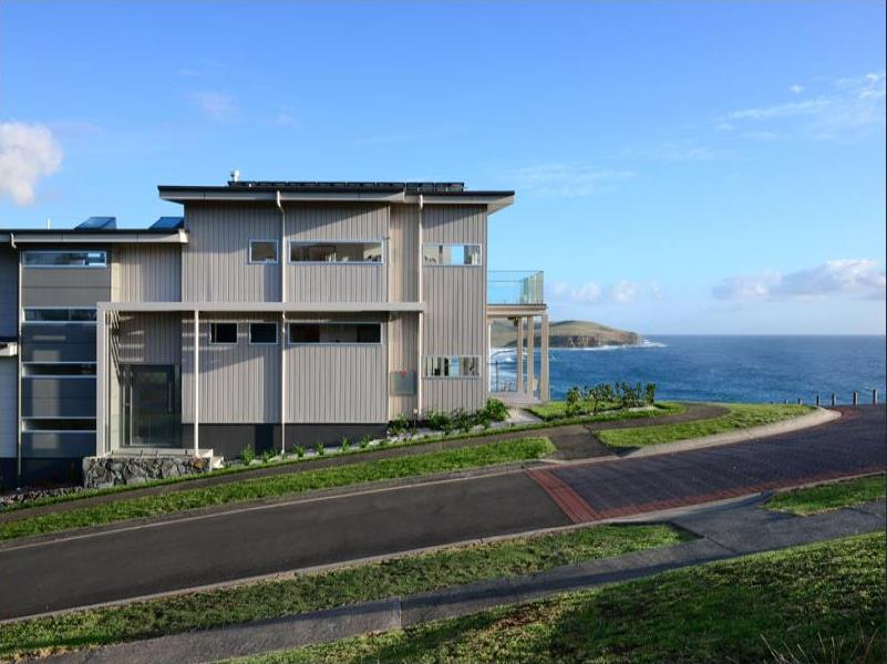 Beach house in Gerringong