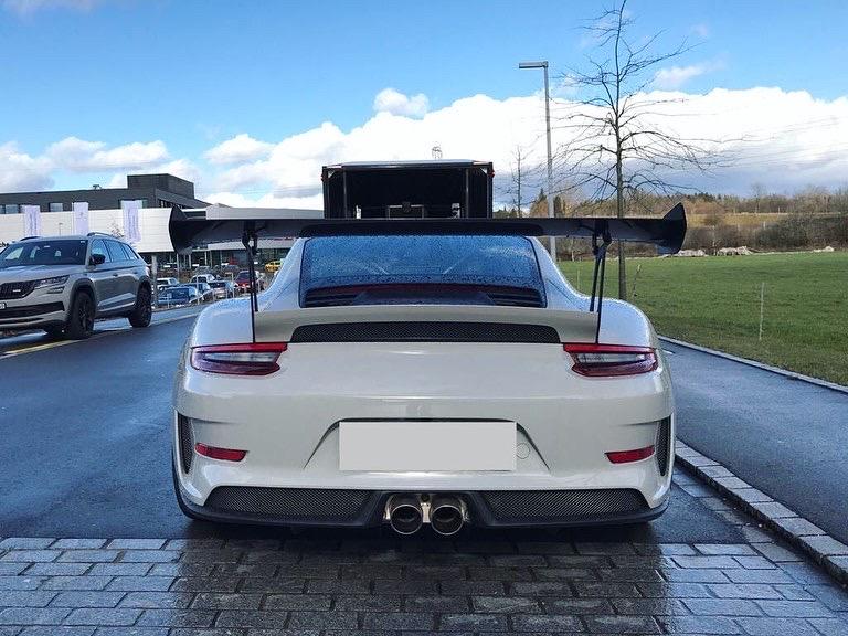 Porsche 911 GT3 RS grau