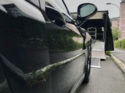 Porsche 718 Cayman GT4 schwarz