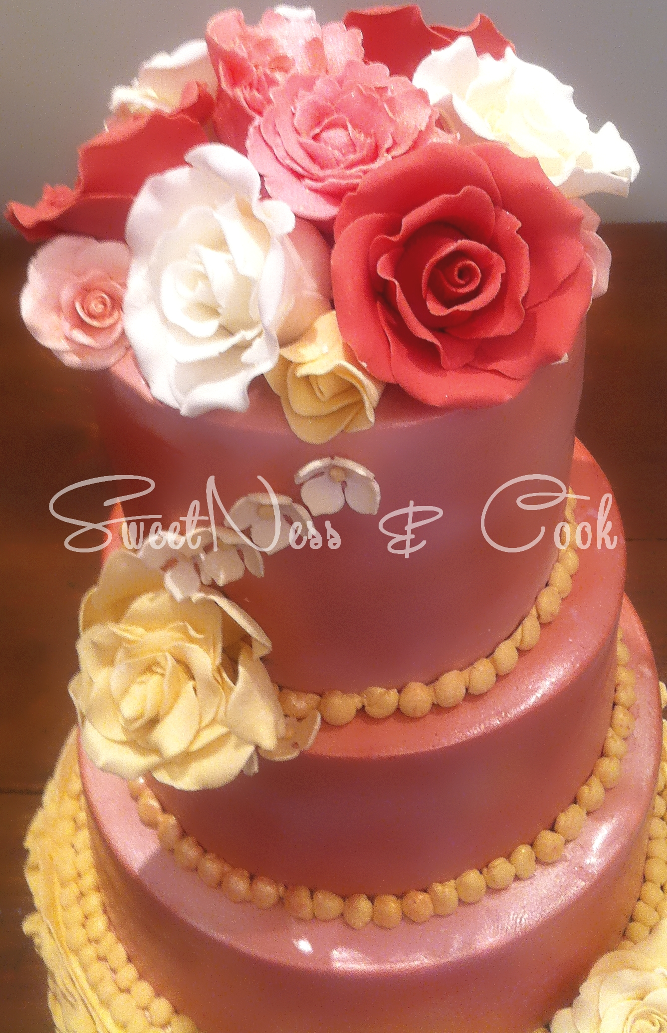 Wedding Cake chic fleuri