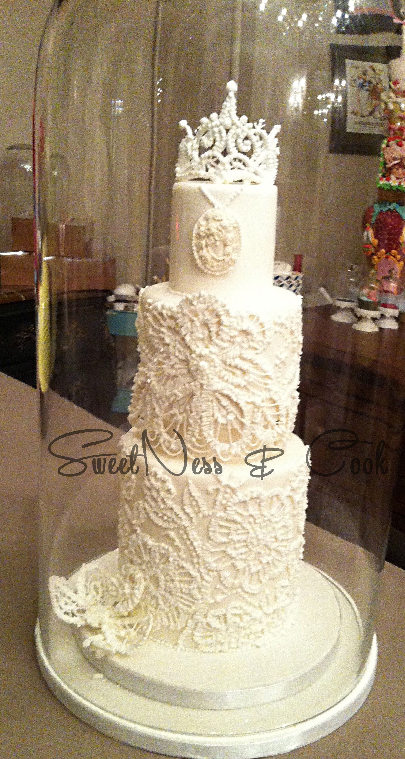 Wedding Cake dentelles glace royale